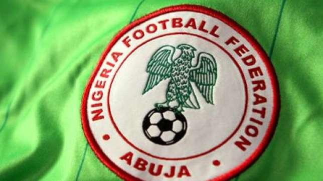 Thiết kế logo áo bóng đá của tuyển Nigeria hình đại bàng